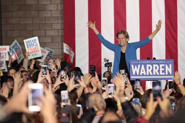 Super Tuesday「Democratic Presidential Candidate Elizabeth Warren Holds Super Tuesday Night Event In Detroit」:写真・画像(12)[壁紙.com]