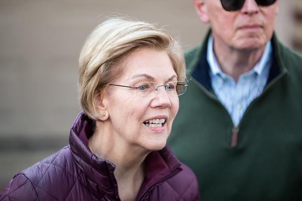 Elizabeth Warren「Sen. Elizabeth Warren (D-MA) Announces She's Dropping Out Of Presidential Campaign」:写真・画像(19)[壁紙.com]