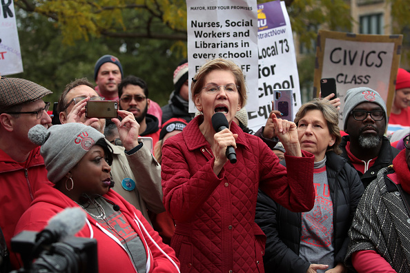 Instructor「Presidential Candidate Elizabeth Warren Visits Chicago Teachers On Strike」:写真・画像(11)[壁紙.com]