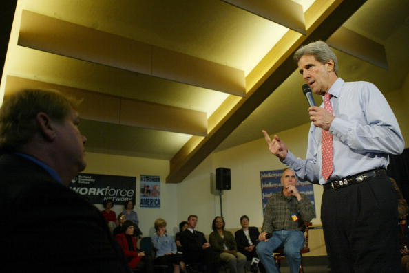 Oregon - US State「Kerry Campaigns In Oregon」:写真・画像(16)[壁紙.com]