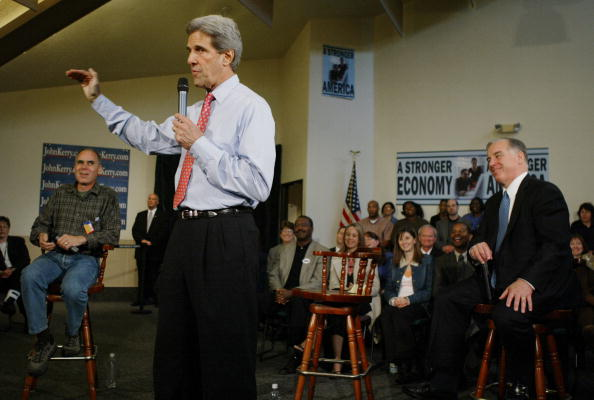 Oregon - US State「Kerry Campaigns In Oregon」:写真・画像(17)[壁紙.com]