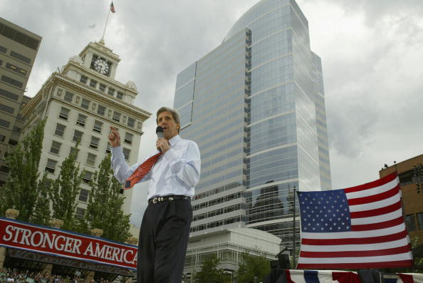 Oregon - US State「Democratic Presidential Candidate John Kerry Campaigns」:写真・画像(0)[壁紙.com]