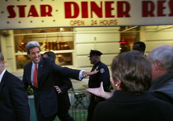 Making Money「Kerry Campaigns In New York City」:写真・画像(13)[壁紙.com]