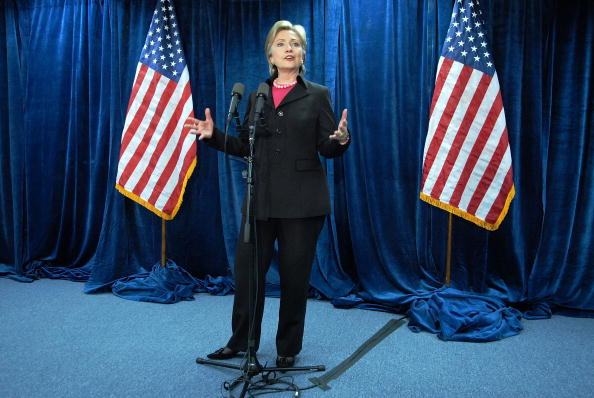 Super Tuesday「Hillary Clinton Holds News Conference At Her Campaign Headquarters」:写真・画像(17)[壁紙.com]