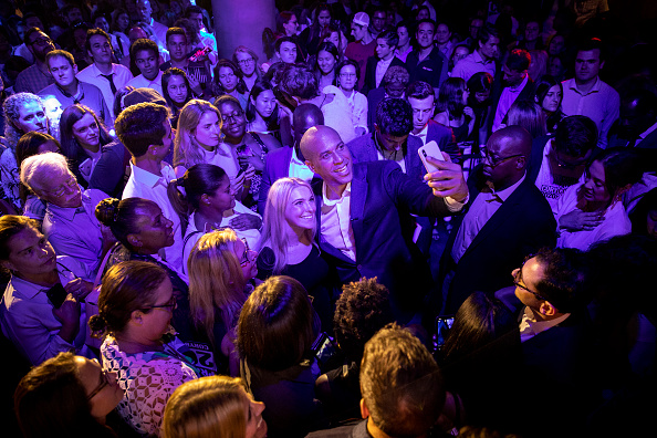 Clubbing「Cory Booker Attends Grassroots Fundraiser In New York City」:写真・画像(7)[壁紙.com]