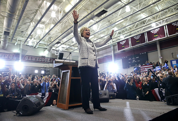 Justin Sullivan「Hillary Clinton Hosts Primary Night Event In Columbia, South Carolina」:写真・画像(12)[壁紙.com]