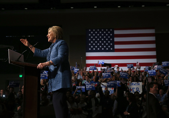 Florida - US State「Democratic Presidential Candidate Hillary Clinton Holds Primary Night Event In Florida」:写真・画像(12)[壁紙.com]