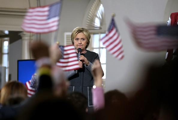 US Democratic Party 2016 Presidential Candidate「Hillary Clinton Campaigns Across U.S. Ahead Of Super Tuesday Primaries」:写真・画像(2)[壁紙.com]