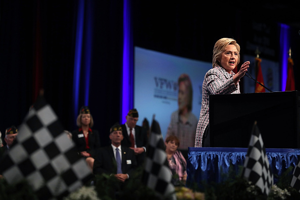 US Democratic Party 2016 Presidential Candidate「Democratic Presidential Candidate Hillary Clinton Speaks At VFW Convention In Charlotte, North Carolina」:写真・画像(2)[壁紙.com]