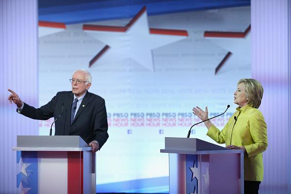 Politics「Democratic Presidential Candidates Debate In Milwaukee」:写真・画像(16)[壁紙.com]