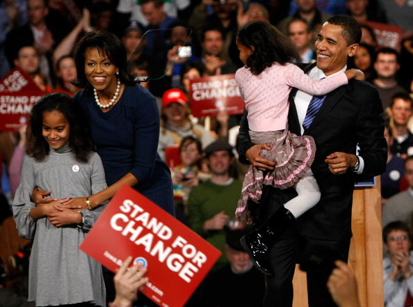 Presidential Candidate「Obama Holds Caucus Night Rally」:写真・画像(6)[壁紙.com]