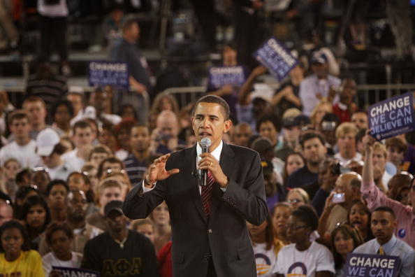 Support「Barack Obama Campaigns In Remaining Primary States」:写真・画像(9)[壁紙.com]