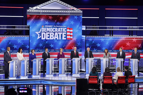 Debate「Democratic Presidential Candidates Participate In Debate In Atlanta, Georgia」:写真・画像(15)[壁紙.com]