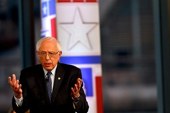 Mark Makela「Sen. Bernie Sanders Participates In A Fox News Town Hall In Pennsylvania」:写真・画像(15)[壁紙.com]