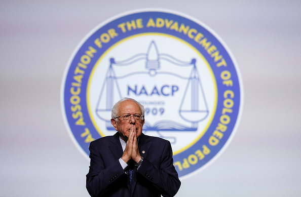 NAACP「Lawmakers And Presidential Candidates Attend NAACP National Convention」:写真・画像(3)[壁紙.com]