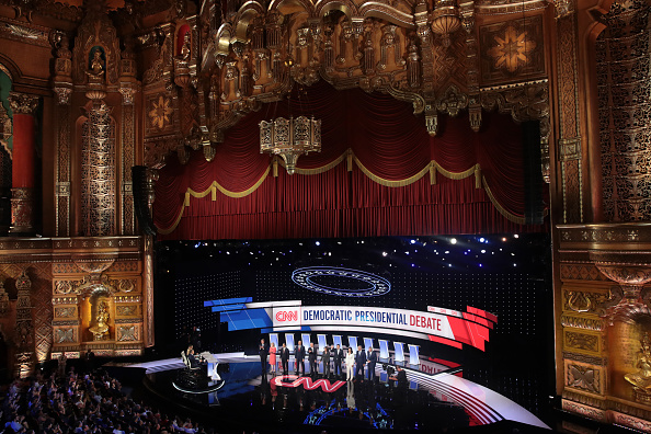 Presidential Candidate「Democratic Presidential Candidates Debate In Detroit Over Two Nights」:写真・画像(19)[壁紙.com]