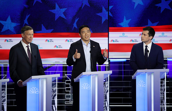 Participant「Democratic Presidential Candidates Participate In First Debate Of 2020 Election Over Two Nights」:写真・画像(13)[壁紙.com]
