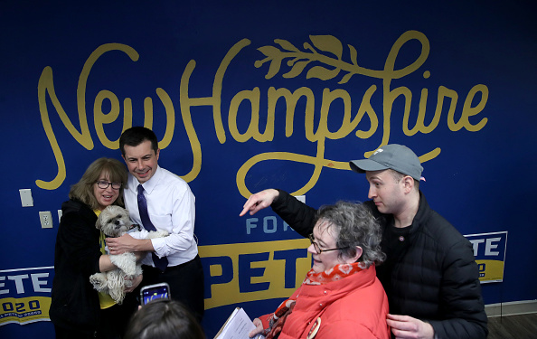 Win McNamee「Presidential Candidate Pete Buttigieg Campaigns In New Hampshire Ahead Of Primary」:写真・画像(10)[壁紙.com]