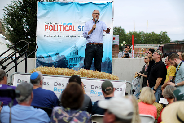 Chip Somodevilla「Presidential Candidates Hit The Soapbox At The Iowa State Fair」:写真・画像(15)[壁紙.com]