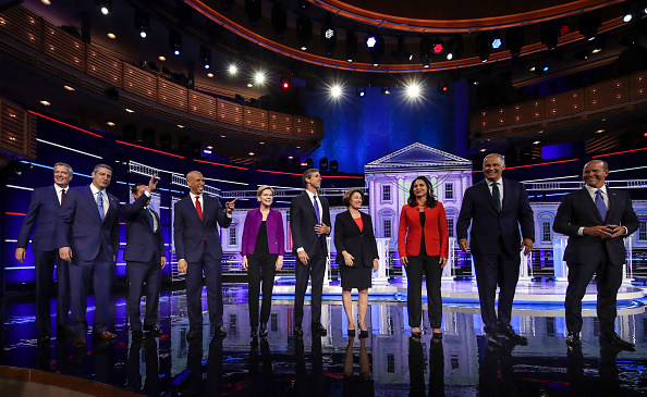 Presidential Candidate「Democratic Presidential Candidates Participate In First Debate Of 2020 Election Over Two Nights」:写真・画像(16)[壁紙.com]