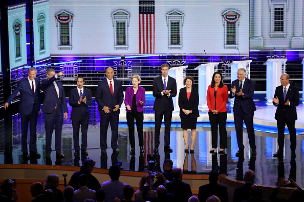 Democracy「Democratic Presidential Candidates Participate In First Debate Of 2020 Election Over Two Nights」:写真・画像(4)[壁紙.com]