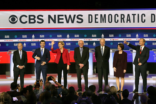 Charleston - South Carolina「Democratic Presidential Candidates Debate In Charleston Ahead Of SC Primary」:写真・画像(19)[壁紙.com]