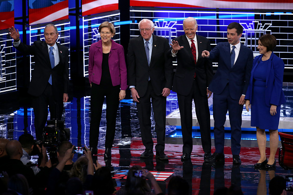 Las Vegas「Democratic Presidential Candidates Debate In Las Vegas Ahead Of Nevada Caucuses」:写真・画像(18)[壁紙.com]
