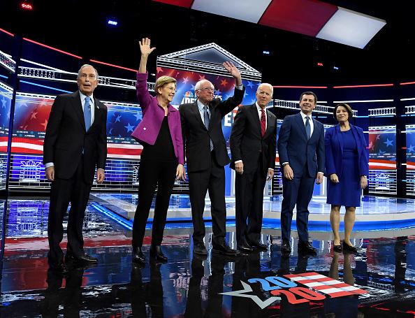 討論「Democratic Presidential Candidates Debate In Las Vegas Ahead Of Nevada Caucuses」:写真・画像(16)[壁紙.com]