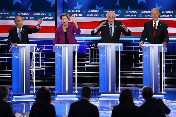 Las Vegas「Democratic Presidential Candidates Debate In Las Vegas Ahead Of Nevada Caucuses」:写真・画像(17)[壁紙.com]