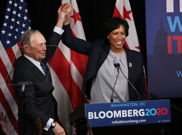 Support「Mike Bloomberg Makes Speech On Affordable Housing and Homelessness」:写真・画像(18)[壁紙.com]
