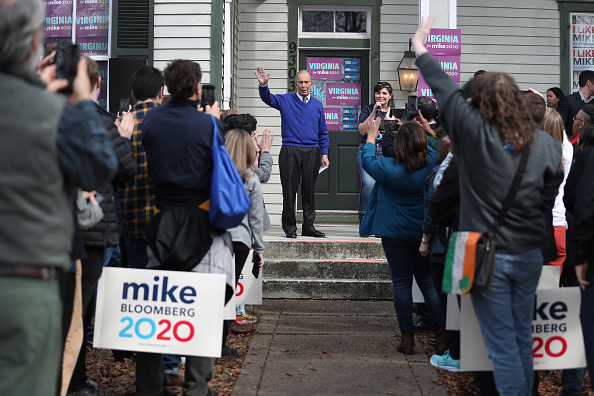 Super Tuesday「Democratic Presidential Candidate Mike Bloomberg Campaigns Ahead Of Super Tuesday」:写真・画像(11)[壁紙.com]