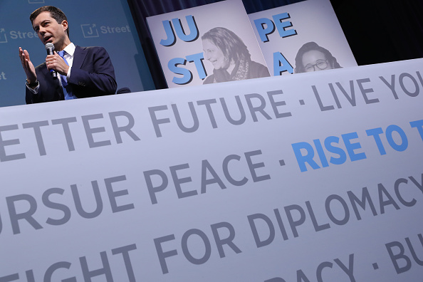 Strategy「Presidential Candidates Speak At J Street Conference」:写真・画像(4)[壁紙.com]