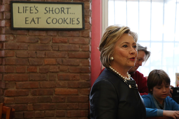 Super Tuesday「Hillary Clinton Holds Campaign Event At New York City's Apollo Theater」:写真・画像(19)[壁紙.com]