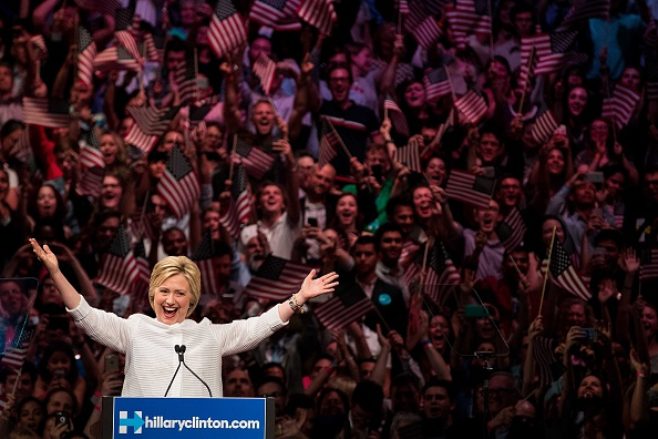 2016「Hillary Clinton Holds Primary Night Event In Brooklyn, New York」:写真・画像(13)[壁紙.com]