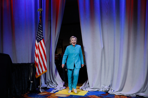 Aaron P「Hillary Clinton Addresses U.S. Conference Of Mayors Annual Meeting」:写真・画像(3)[壁紙.com]
