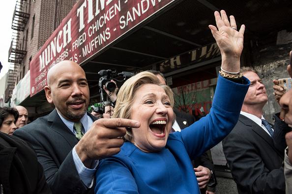 ニューヨーク市「Democratic Presidential Candidate Hillary Clinton Campaigns In New York City」:写真・画像(17)[壁紙.com]