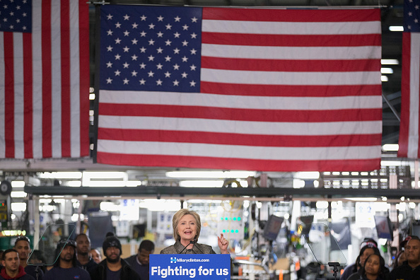Super Tuesday「Hillary Clinton Delivers Policy Speech On Jobs And The Economy In Detroit」:写真・画像(16)[壁紙.com]