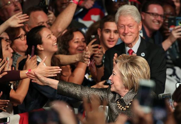Politics and Government「Hillary Clinton Holds Pennsylvania Primary Night Event In Philadelphia」:写真・画像(10)[壁紙.com]