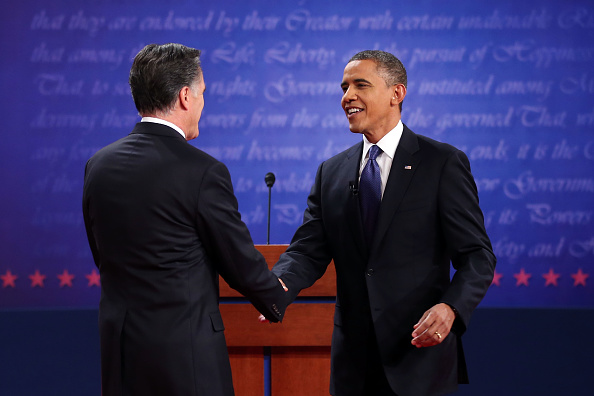 Hand「Obama And Romney Square Off In First Presidential Debate In Denver」:写真・画像(0)[壁紙.com]