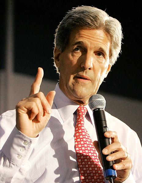 Missouri「John Kerry Campaigns In Missouri and Pennsylvania」:写真・画像(16)[壁紙.com]
