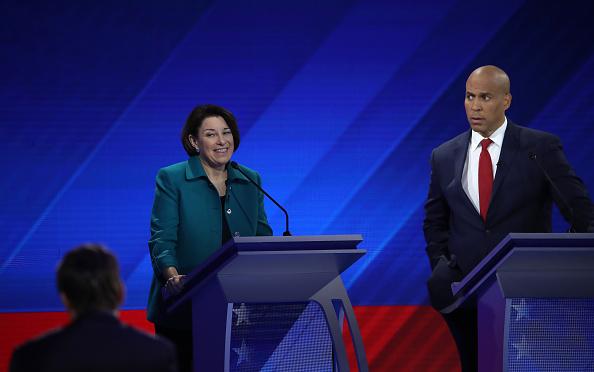 Win McNamee「Democratic Presidential Candidates Participate In Third Debate In Houston」:写真・画像(1)[壁紙.com]