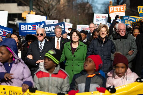 民主主義「Democratic Presidential Candidates Attend MLK Rally At South Carolina Capitol Dome」:写真・画像(16)[壁紙.com]