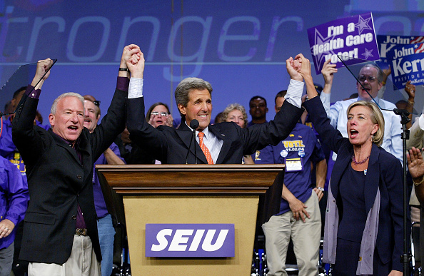 Human Arm「John Kerry Campaigns In San Francisco」:写真・画像(18)[壁紙.com]