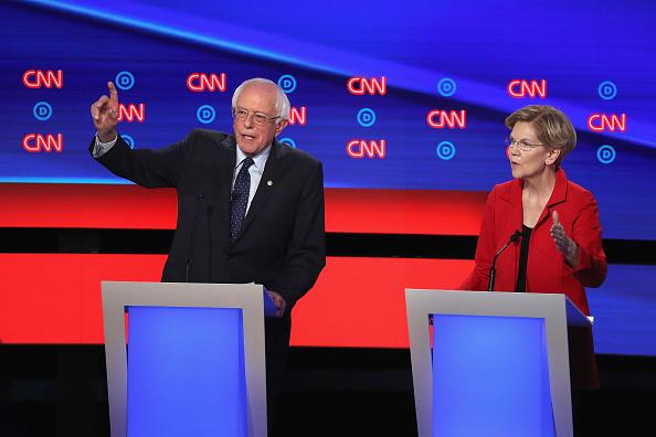 Debate「Democratic Presidential Candidates Debate In Detroit Over Two Nights」:写真・画像(13)[壁紙.com]