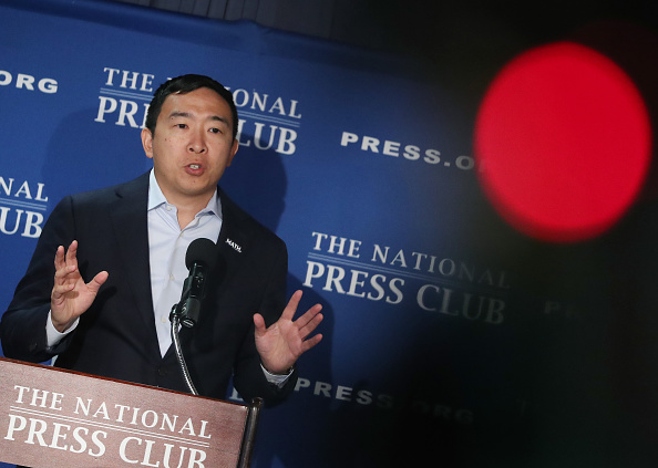 Automated「Presidential Candidate Andrew Yang Speaks At The National Press Club」:写真・画像(12)[壁紙.com]