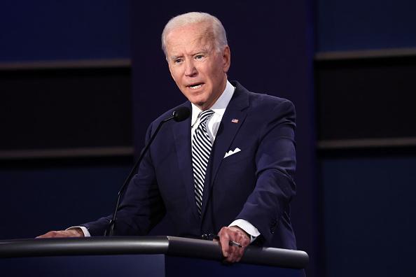 討論「Donald Trump And Joe Biden Participate In First Presidential Debate」:写真・画像(15)[壁紙.com]