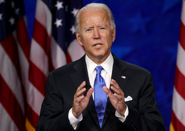 カメラ目線「Joe Biden Accepts Party's Nomination For President In Delaware During Virtual DNC」:写真・画像(4)[壁紙.com]
