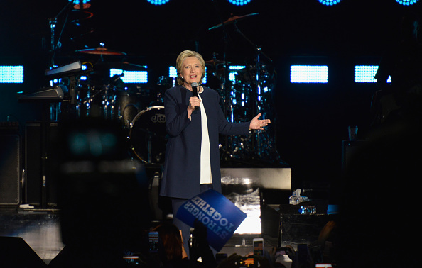 US Democratic Party 2016 Presidential Candidate「Jay Z Holds Get Out The Vote Concert In Support Of Hillary Clinton」:写真・画像(11)[壁紙.com]