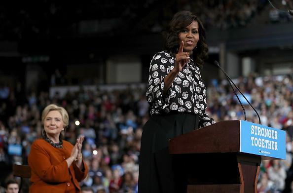 Politician「Michelle Obama Campaigns With Hillary Clinton In North Carolina」:写真・画像(7)[壁紙.com]