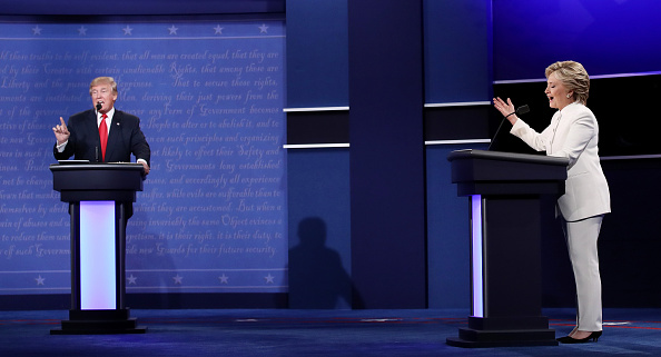 Debate「Final Presidential Debate Between Hillary Clinton And Donald Trump Held In Las Vegas」:写真・画像(15)[壁紙.com]